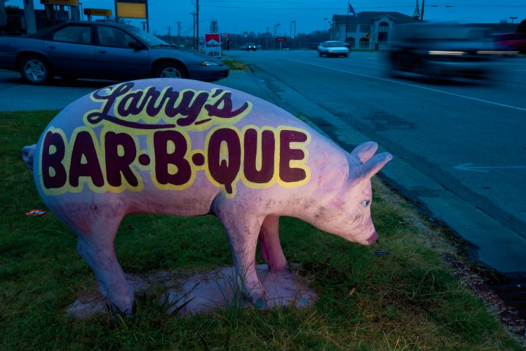 Larry's Bar-B-Q at the Wagon