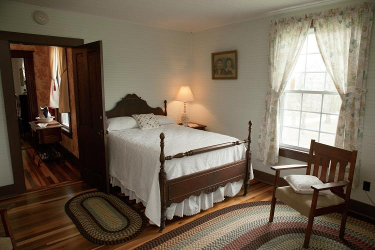 Tennessee Bed And Breakfasts Welcome Visitors For Farm