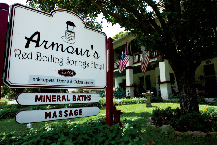 Armour's Red Boiling Springs Hotel