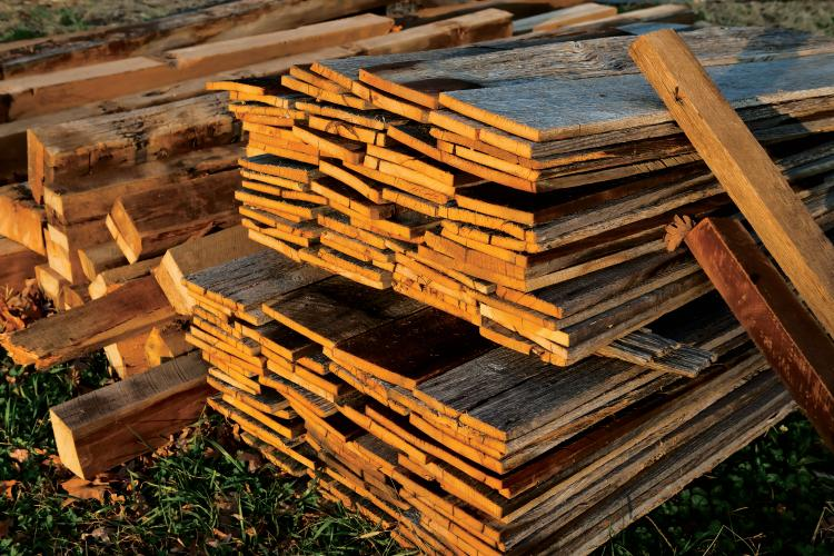Lumber from Eagle Reclaimed Lumber in Murfreesboro, Tennessee
