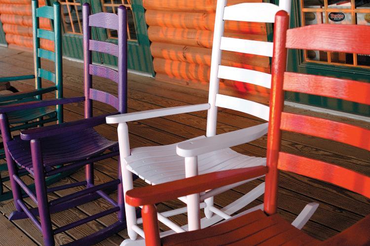 Porch Swinging Ritual Shows Family's Faith