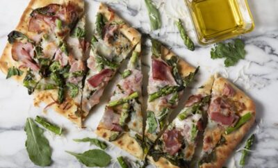 Flatbread with Arugula, Asparagus and Ham